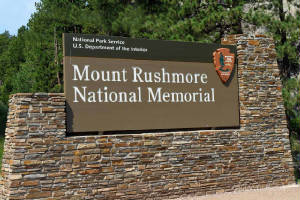 Mount Rushmore National Park sign
